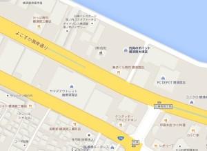 横須賀市海辺つり公園付近の釣り具店と飲食店